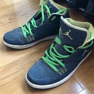 Jordan Shoes - Nike Jordan high top sneakers